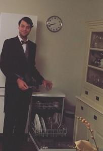 De vrolijke butler